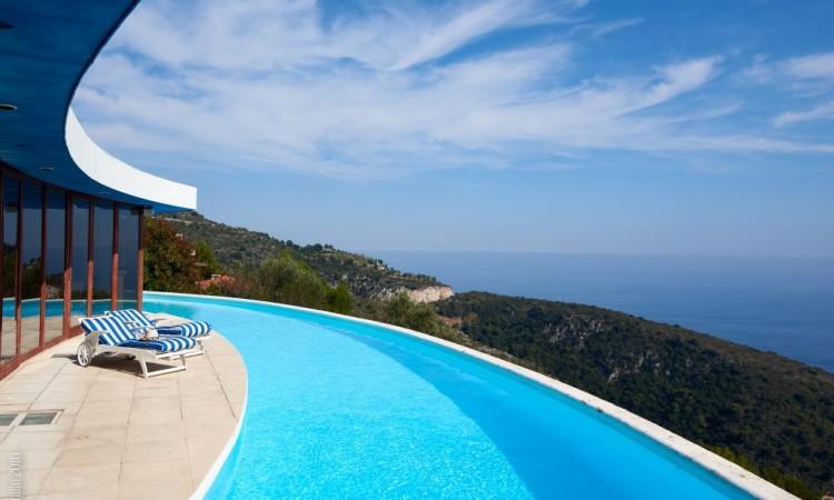 modern villa_France_sale